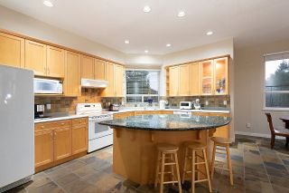 """Photo 13: 11 CLIFFWOOD Drive in Port Moody: Heritage Woods PM House for sale in """"STONERIDGE"""" : MLS®# R2597161"""