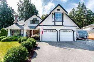 "Photo 1: 20652 38A Avenue in Langley: Brookswood Langley House for sale in ""Brookswood"" : MLS®# R2402242"