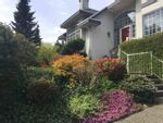 Main Photo: 2 LAUREL Place in Port Moody: Heritage Mountain House for sale : MLS®# R2569402