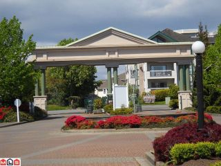 "Photo 2: 327 13880 70TH Avenue in Surrey: East Newton Condo for sale in ""Chelsea Gardens"" : MLS®# F1013529"