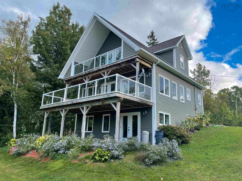 FEATURED LISTING: 163 MacNeil Point Road Little Harbour