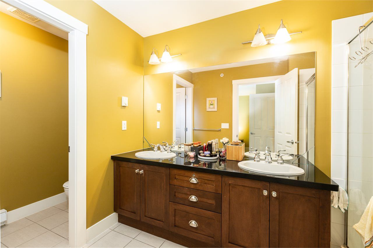 """Photo 19: Photos: 971 WESTBURY Walk in Vancouver: South Cambie Townhouse for sale in """"Churchill Gardens"""" (Vancouver West)  : MLS®# R2488294"""
