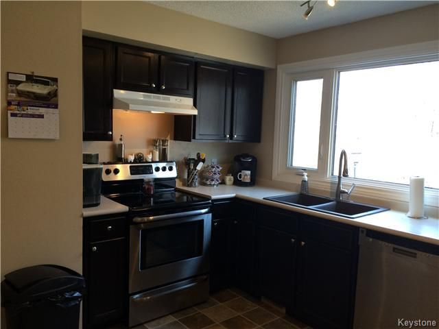 Photo 4: Photos: 23 Scotswood Drive in Winnipeg: Residential for sale : MLS®# 1608645