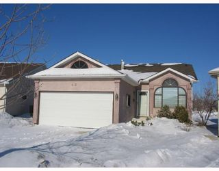 Photo 1: 43 HIGH RIDGE Road in WINNIPEG: Windsor Park / Southdale / Island Lakes Residential for sale (South East Winnipeg)  : MLS®# 2801741