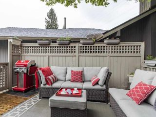 """Photo 12: 9502 WILLOWLEAF Place in Burnaby: Forest Hills BN Townhouse for sale in """"Willowleaf"""" (Burnaby North)  : MLS®# R2588078"""
