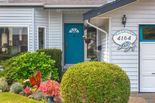 Photo 3: 4164 Beckwith Pl in VICTORIA: SE Lake Hill House for sale (Saanich East)  : MLS®# 797392