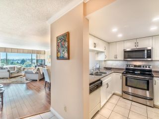 """Photo 5: 604 1045 QUAYSIDE Drive in New Westminster: Quay Condo for sale in """"Quayside Tower 1"""" : MLS®# R2582288"""