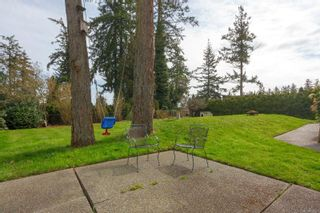 Photo 40: 6321 Clear View Rd in : CS Martindale House for sale (Central Saanich)  : MLS®# 870627