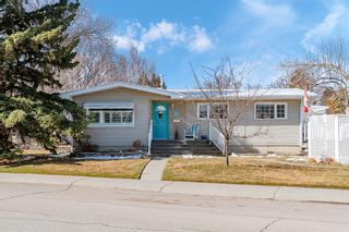 Main Photo: 1 Butler Crescent NW in Calgary: Brentwood Detached for sale : MLS®# A1085287