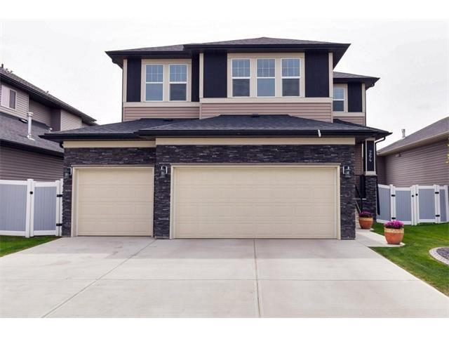 North facing frontage, triple car garage along with composite fencing and quick curb landscaping