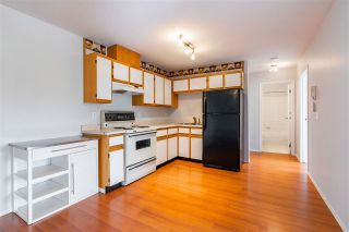 """Photo 3: 320 45669 MCINTOSH Drive in Chilliwack: Chilliwack W Young-Well Condo for sale in """"MCINTOSH VILLAGE"""" : MLS®# R2453745"""