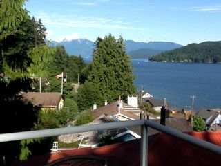 Photo 5: 481 CENTRAL Avenue in Gibsons: Gibsons & Area House for sale (Sunshine Coast)  : MLS®# R2491931