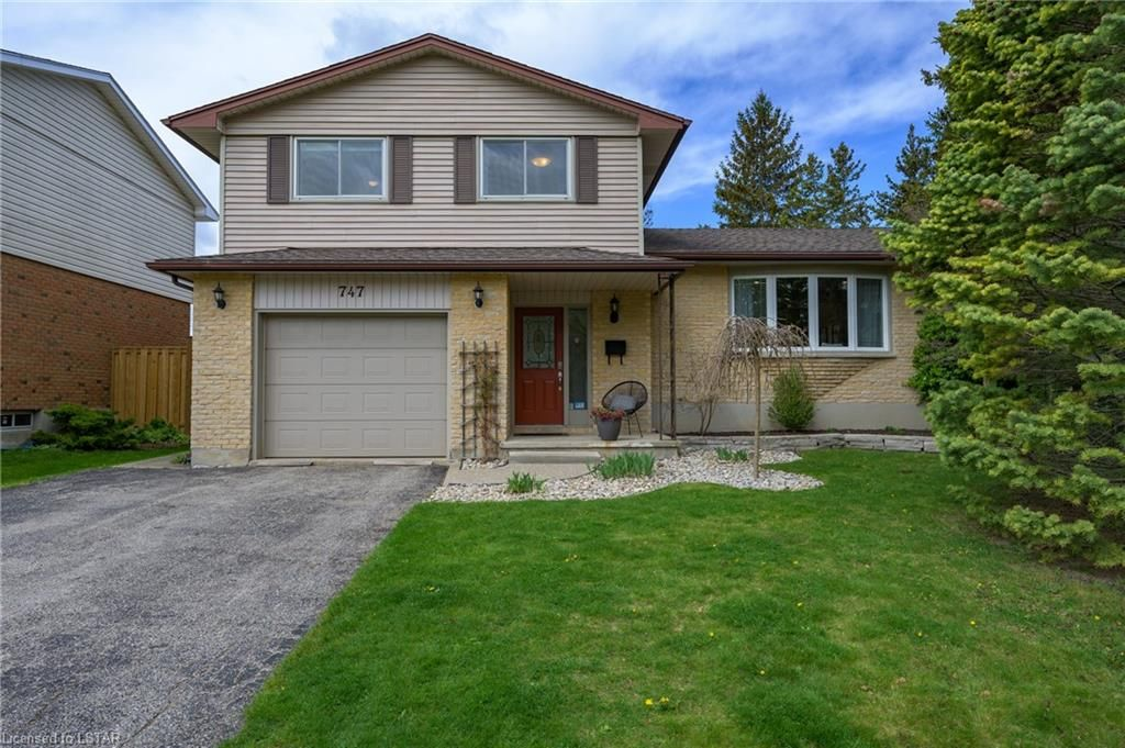 Main Photo: 747 LENORE Street in London: South O Residential for sale (South)  : MLS®# 40106554