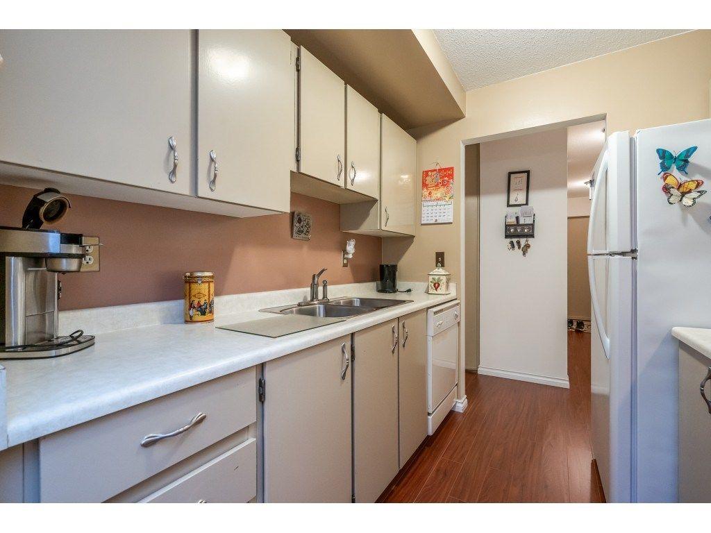 "Photo 6: Photos: 205 7155 134 Street in Surrey: West Newton Condo for sale in ""EAGLE GLEN"" : MLS®# R2446715"