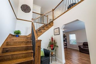 """Photo 2: 35713 REGAL Parkway in Abbotsford: Abbotsford East House for sale in """"REGAL PEAKS"""" : MLS®# R2424574"""