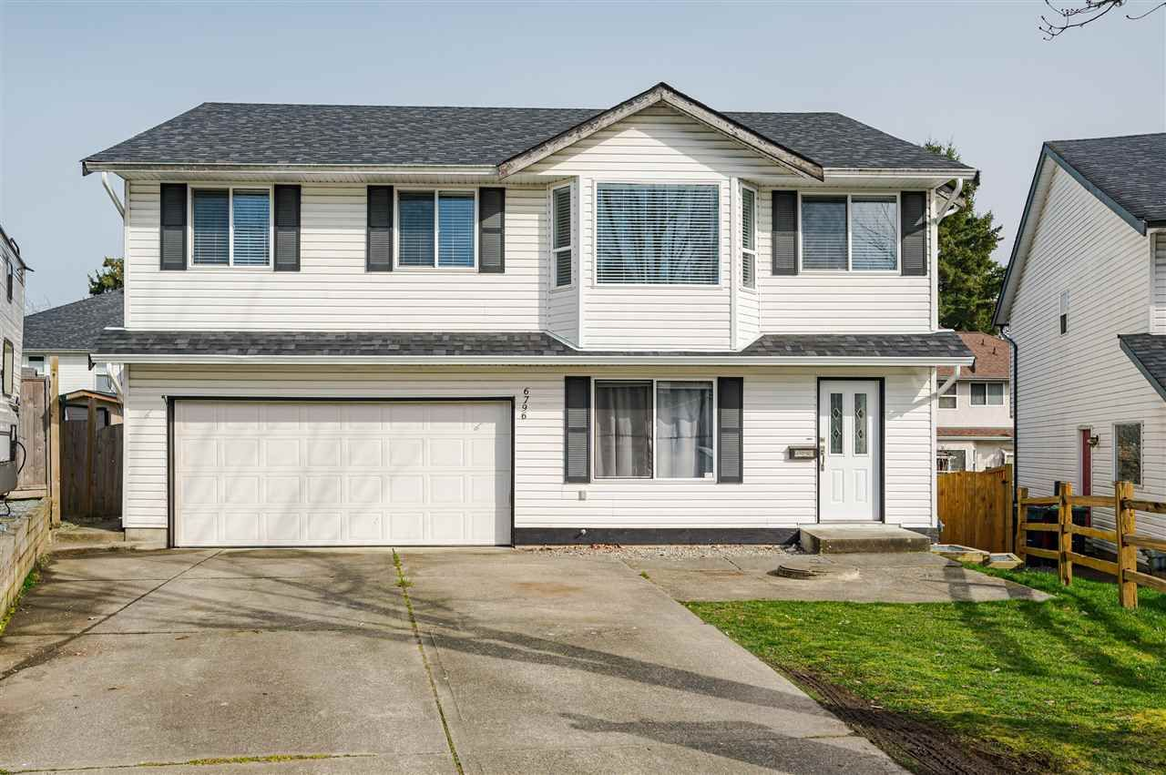 Main Photo: 6796 196B Place in Langley: Willoughby Heights House for sale : MLS®# R2551873