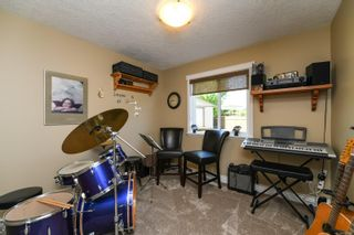 Photo 40: 633 Expeditor Pl in : CV Comox (Town of) House for sale (Comox Valley)  : MLS®# 876189