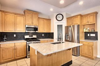 Photo 8: 81 Royal Road NW in Calgary: Royal Oak Detached for sale : MLS®# A1077619
