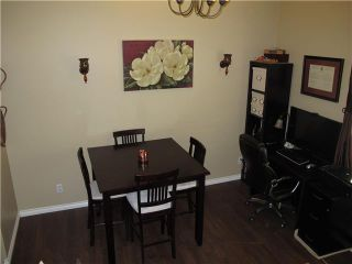 """Photo 3: 39 21960 RIVER Road in Maple Ridge: West Central Townhouse for sale in """"FOXBOROUGH HILLS"""" : MLS®# V1005125"""