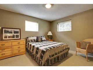 Photo 14: 6135 LONGMOOR Way SW in Calgary: Bi-Level for sale : MLS®# C3584023