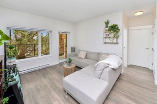 Photo 8: 102 290 Wilfert Rd in : VR View Royal Condo for sale (View Royal)  : MLS®# 870587
