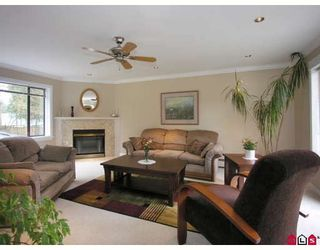Photo 2: 4473 200TH Street in Langley: Langley City House for sale : MLS®# F2904526
