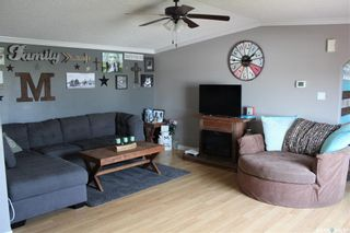 Photo 5: 74 Foord Crescent in Macoun: Residential for sale : MLS®# SK821277