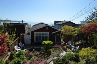"""Photo 36: 15478 COLUMBIA Avenue: White Rock House for sale in """"Hillside"""" (South Surrey White Rock)  : MLS®# R2572155"""