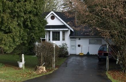 Main Photo: 10922 142A Street in Surrey: Bolivar Heights House for sale (North Surrey)  : MLS®# R2159309