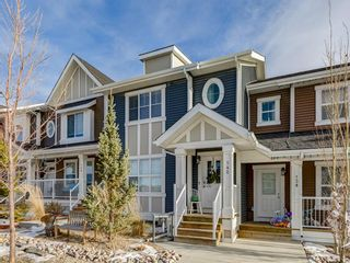 Photo 1: 142 Sunset Road: Cochrane Row/Townhouse for sale : MLS®# A1052095
