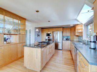 Photo 10: 3853 Graceland Dr in : Me Albert Head House for sale (Metchosin)  : MLS®# 875864