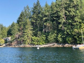 "Photo 4: 4147 FRANCIS PENINSULA Road in Madeira Park: Pender Harbour Egmont Land for sale in ""BEAVER ISLAND"" (Sunshine Coast)  : MLS®# R2393294"