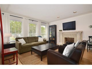 """Photo 3: 878 E 23RD AV in Vancouver: Fraser VE House for sale in """"CEDAR COTTAGE"""" (Vancouver East)  : MLS®# V1022949"""