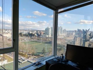 "Photo 9: 1708 550 TAYLOR Street in Vancouver: Downtown VW Condo for sale in ""The Taylor"" (Vancouver West)  : MLS®# R2562066"