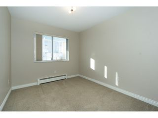 """Photo 8: 207 31930 OLD YALE Road in Abbotsford: Abbotsford West Condo for sale in """"Royal Court"""" : MLS®# R2338800"""