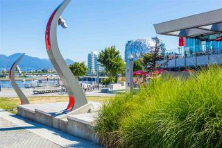 "Photo 2: 356 168 W 1ST Avenue in Vancouver: False Creek Condo for sale in ""WALL CENTRE - FALSE CREEK"" (Vancouver West)  : MLS®# R2510133"