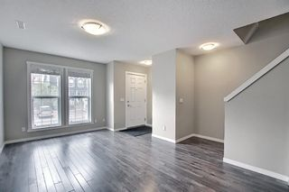 Photo 5: 525 Mckenzie Towne Close SE in Calgary: McKenzie Towne Row/Townhouse for sale : MLS®# A1107217