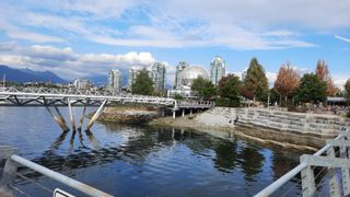 """Photo 38: 805 1661 ONTARIO Street in Vancouver: False Creek Condo for sale in """"SAILS"""" (Vancouver West)  : MLS®# R2615657"""