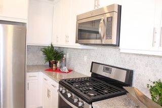 Photo 6: CHULA VISTA Townhouse for sale : 3 bedrooms : 2076 Tango Loop #4