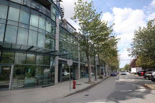 Photo 12: 316 1630 W 1ST Avenue in Vancouver: False Creek Condo for sale (Vancouver West)  : MLS®# R2397805