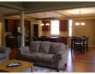 Photo 4: 5006 BAY Road in Sechelt: Sechelt District House for sale (Sunshine Coast)  : MLS®# V701252