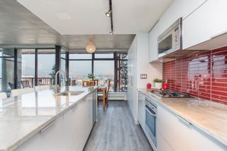 """Photo 12: 2503 128 W CORDOVA Street in Vancouver: Downtown VW Condo for sale in """"WOODWARDS W43"""" (Vancouver West)  : MLS®# R2506650"""