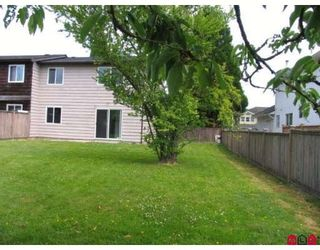 Photo 8: 9061 135A Street in Surrey: Queen Mary Park Surrey 1/2 Duplex for sale : MLS®# F2912646