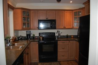 """Photo 5: 312 33165 2nd Avenue in Mission: Condo for sale in """"Mission Manor"""" : MLS®# F1124382"""