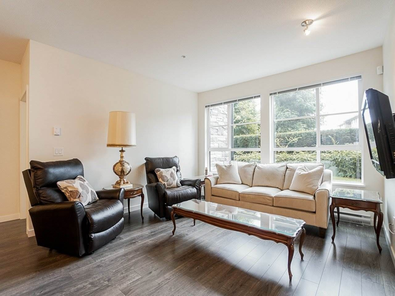 Photo 7: Photos: 108 1151 WINDSOR Mews in Coquitlam: New Horizons Condo for sale : MLS®# R2500299