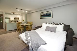 """Photo 19: 422 4800 SPEARHEAD Drive in Whistler: Benchlands Condo for sale in """"ASPENS"""" : MLS®# R2556566"""