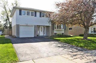 Photo 1: 92 Lorne Scots Drive in Milton: Dorset Park House (Sidesplit 4) for sale : MLS®# W3204774