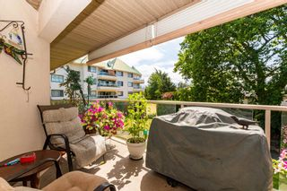 """Photo 14: 106 7685 AMBER Drive in Sardis: Sardis West Vedder Rd Condo for sale in """"The Sapphire"""" : MLS®# R2601700"""