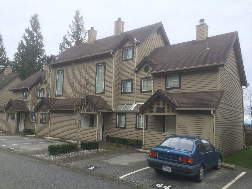 """Main Photo: 6 2736 ATLIN Place in Coquitlam: Coquitlam East Townhouse for sale in """"CEDAR GREEN ESTATES"""" : MLS®# R2030907"""