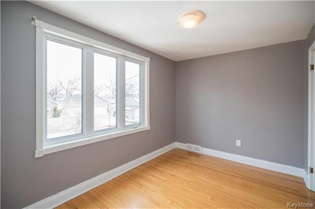 Photo 12: Photos: 360 Centennial Street in Winnipeg: River Heights North Residential for sale (1C)  : MLS®# 1808631